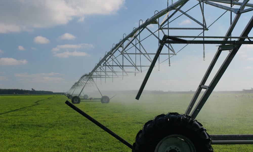 irrigation-system-dairy-farm-NZ